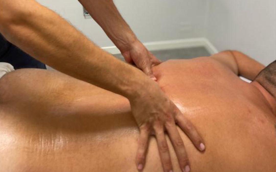 Il massaggio decontratturante alla colonna
